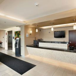 Vista esterna Days Inn and Suites Milwaukee