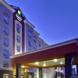 Außenansicht Holiday Inn Express Hotel & Suites EDMONTON NORTH