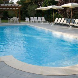 Piscine Ariston
