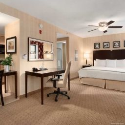 Suite Homewood Suites Newtown PA