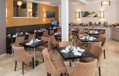 New_Orly-Munich-Restaurant-4-175.jpg