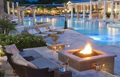 Pool Sandals Royal Bahamian Spa Resort & Offshore Island Nassau (New Providence District)