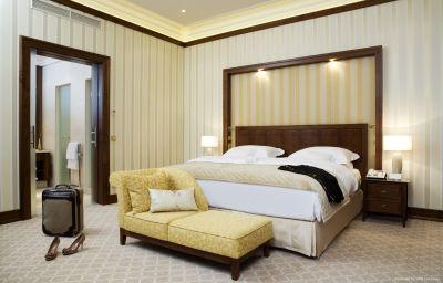 Suite Excelsior Hotel Ernst