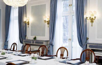 Excelsior_Hotel_Ernst-Koeln-Tagungsraum-5205.jpg