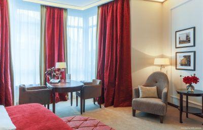 Zimmer Excelsior Hotel Ernst