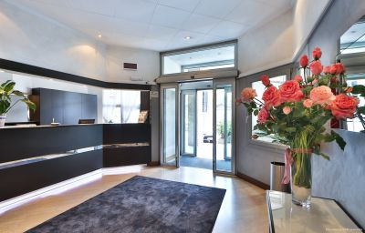Hall Best Western Continental Como (Lombardia)