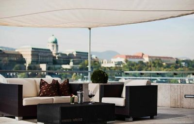Budapest_Marriott_Hotel-Budapest-Hotel_bar-8-31213.jpg