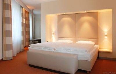 Suite Estrel Hotel & Convention Center Berlin