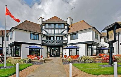Exterior view Cooden Beach Bexhill (Rother, England)