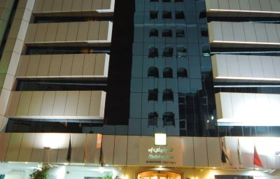 Фасад Holiday Inn DUBAI - DOWNTOWN DUBAI Dubai (Dubayy)