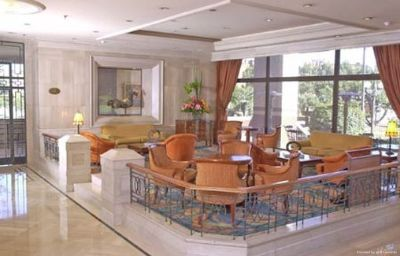 Radisson_Royal_Bogota-Bogota-Hotel_bar-1-65843.jpg