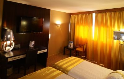 Hall Holiday Inn NIMES - CAMARGUE Nîmes (Languedoc-Roussillon)