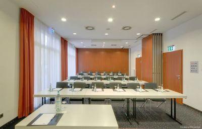 TRYP_Kongresshotel-Muenster-Conference_room-8-70344.jpg