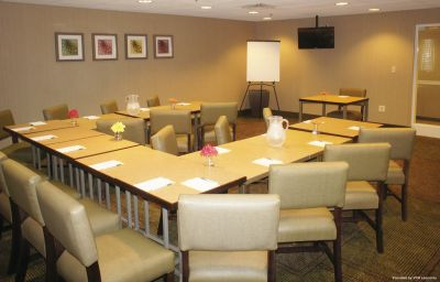Conference room LA QUINTA INN STE BOSTON SOMERVILLE Boston (Massachusetts)