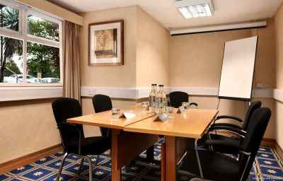 Hilton_York_hotel-York-Conference_room-2-81004.jpg