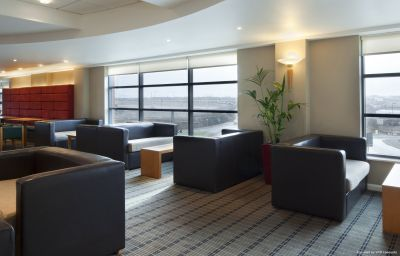 Holiday_Inn_Express_LONDON_-_LUTON_AIRPORT-Luton-Hall-9-87532.jpg