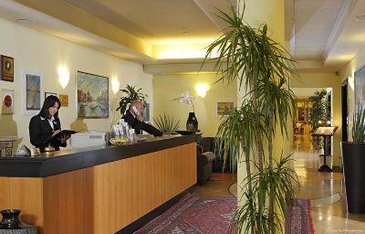 Ai_Pini_Park_Hotel-Mestre-Hall-90701.jpg