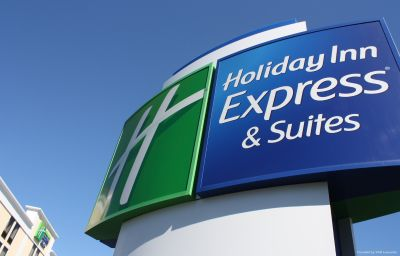 Exterior view Holiday Inn Express & Suites WILMINGTON-UNIVERSITY CTR Wilmington (North Carolina)