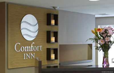 Hall Comfort Inn Airport East