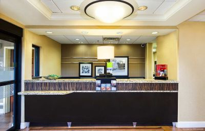 Vestíbulo del hotel Hampton Inn - Ste Atlanta Airport North I85