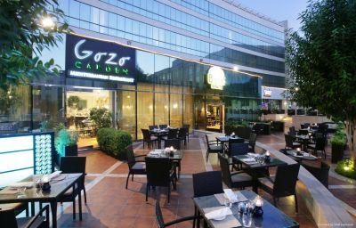 Restaurante Millennium Airport Hotel Dubai