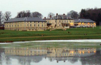 Vista exterior Best Western Hardwick Hall