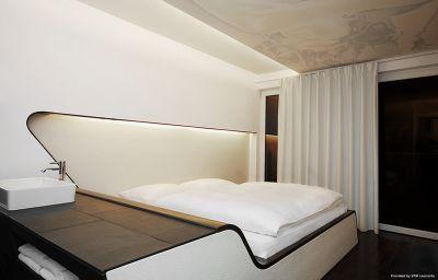 Zimmer Q