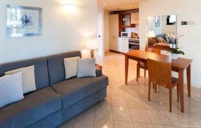 Cosmo_Hotel_Torri-Vimercate-Room-15-159920.jpg