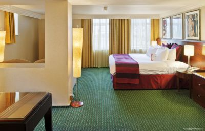 Suite Crowne Plaza LIVERPOOL JOHN LENNON AIRPORT Liverpool (England)