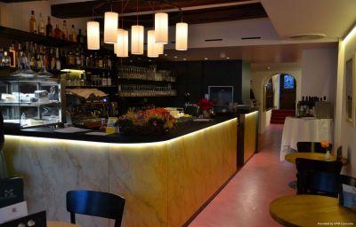 Schluessel-Lucerne-Hotel_bar-185982.jpg