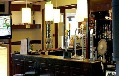 Campanile_Wakefield-Wakefield-Hotel_bar-211982.jpg