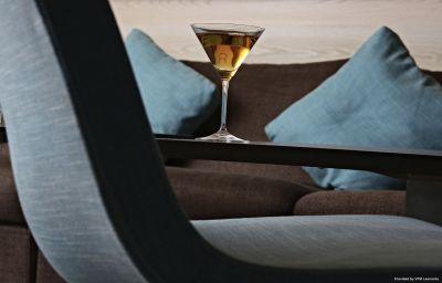 Tres-Palma-Hotel_bar-6-214433.jpg