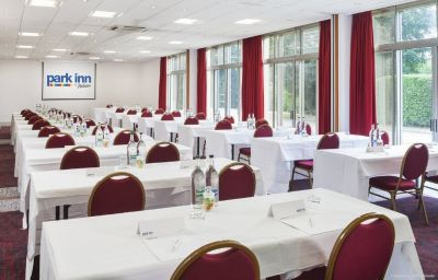 Conference room Park Inn By Radisson Northampton (England)