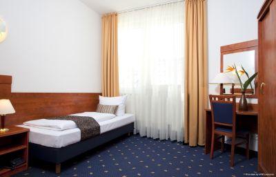 Atrium_Charlottenburg-Berlin-Room-5-250089.jpg