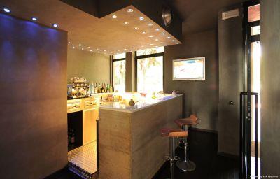 Hotel bar Domo