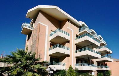 Residhotel_Les_Coralynes_Residence_de_Tourisme-Cannes-Exterior_view-1-254554.jpg