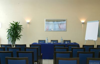 Conference room Holiday Inn Express BOLOGNA - FIERA Bologna (Emilia-Romagna)