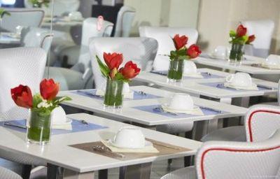 Kyriad_MARSEILLE_CENTRE_-_Paradis_-_Prefecture-Marseille-Restaurant-1-375201.jpg
