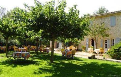 Le_Mas_de_Fauchon_Chateaux_et_Hotels_Collection-Saint-Cannat-Aussenansicht-3-381856.jpg