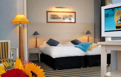 Suite Le Beach Hotel (ex Latitudes) Trouville-sur-Mer (Lower Normandy)