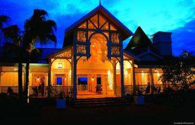 Vue extérieure Heritage Le Telfair Golf & Spa Resort