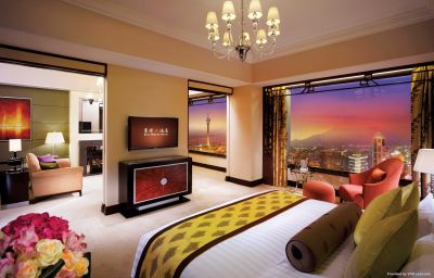 STARWORLD_HOTEL-Macau-Suite-1-402478.jpg