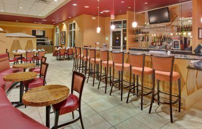 Hotel-Bar Holiday Inn Hotel & Suites BAKERSFIELD