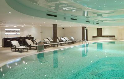 Crowne_Plaza_MINSK-Minsk-Pool-425922.jpg