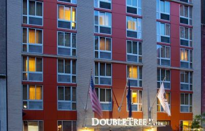 Vista esterna DoubleTree by Hilton New York - Times Square South New York (Manhattan, New York)