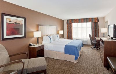 Holiday_Inn_Hotel_Suites_SURREY_EAST_-_CLOVERDALE-Surrey-Room-10-429826.jpg