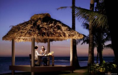 Restaurant InterContinental FIJI GOLF RESORT & SPA Natadola ( Fiji Islands)