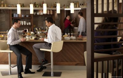 Restaurante Staybridge Suites NEWCASTLE