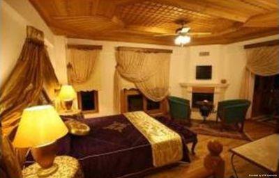 Kerme_Ottoman_Konak_Butik_Otel_Akyaka-Mugla-Room-3-440398.jpg