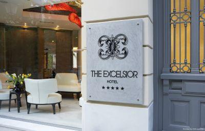 Vue extérieure The Excelsior
